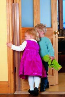 Αποφυγή παγίδευσης δαχτύλων σε πόρτες